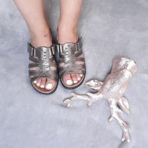 Clarks bendables sandals size 9M